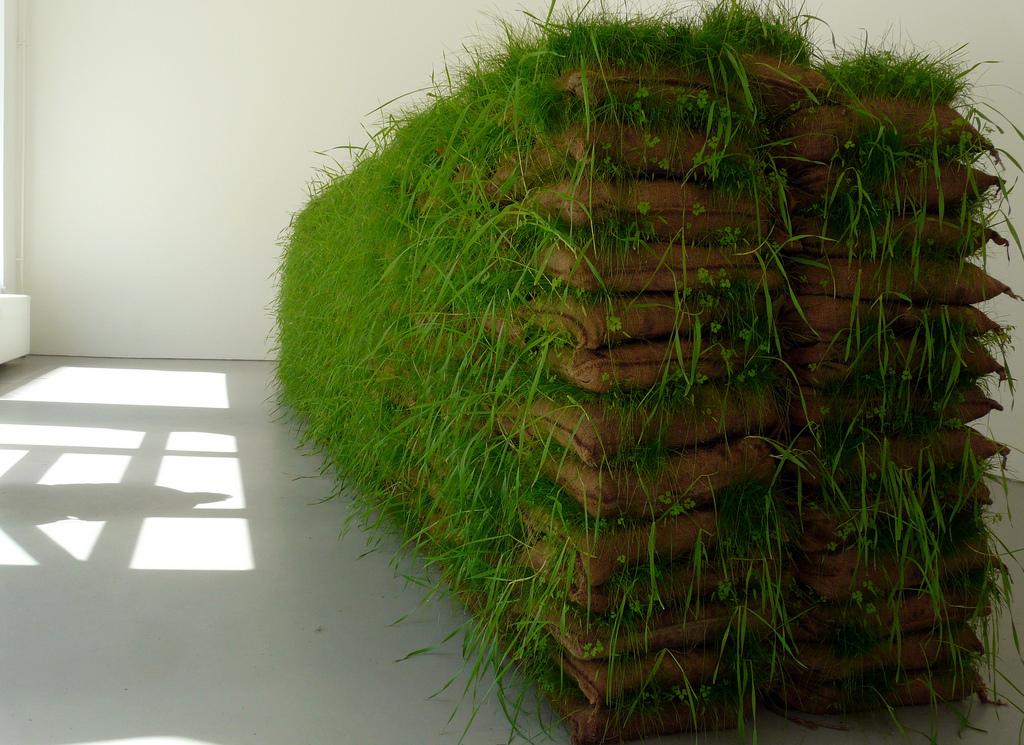 Mona Hatoum. Hanging Garden, 2009, Jute bags, earth, grass, 172 x 92 x 785 cm
